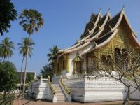 Luang Prabang: Tempel beim Königspalast
