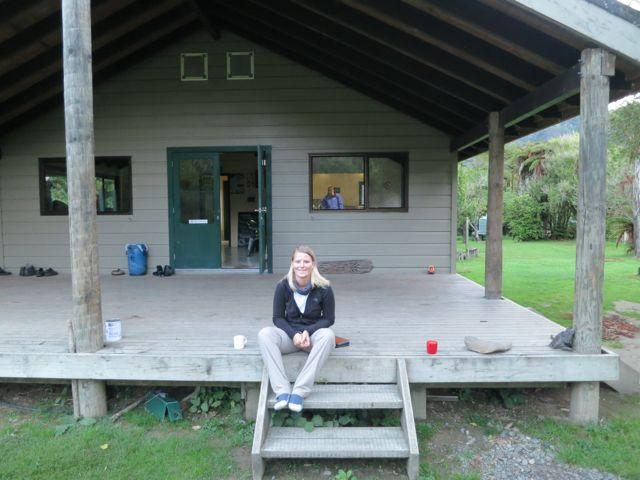 Neuseeland: DOC-Hütte am Tiere Kainga